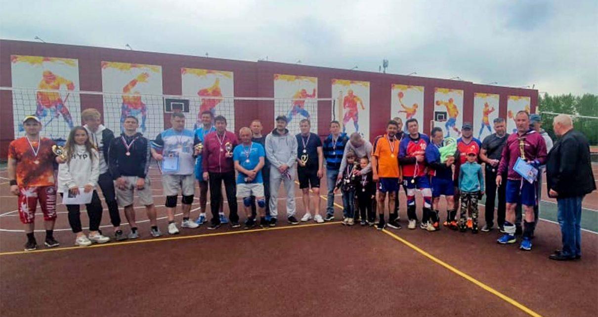 Коркинские волейболисты сыграли турнир в честь Дня Победы на новых площадках