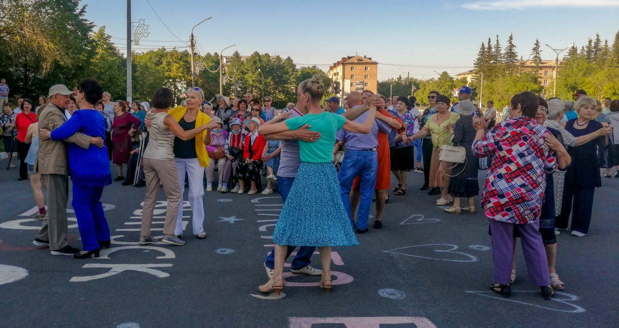 В Коркино открыли сезон воскресных вечеров. Следующий пройдёт на новом месте