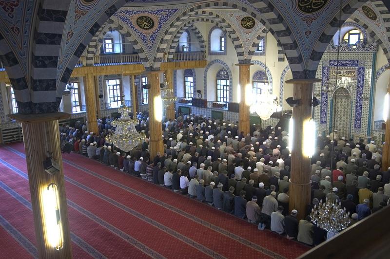 Мусульман призывают отметить Курбан-Байрам дома