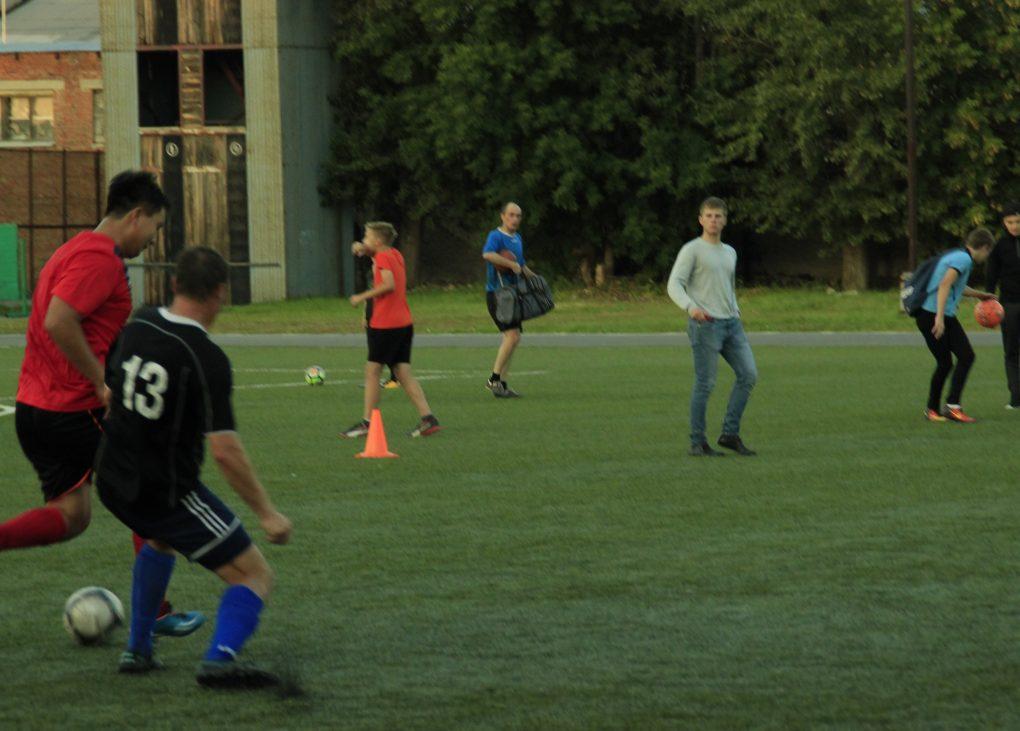 Завтра старт 33-го турнира по мини-футболу на призы главы района и «Горнячки»
