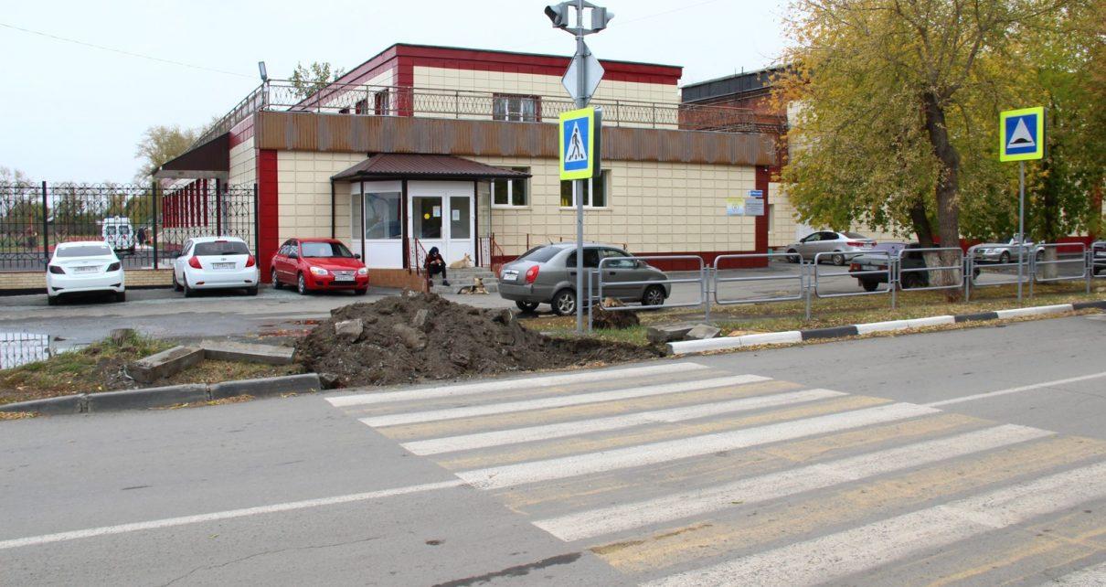 В Коркино подходы к пешеходным переходам станут удобными