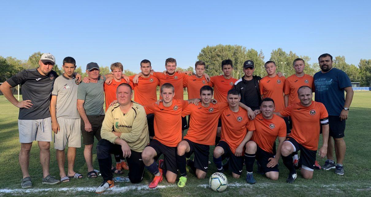 Розинский «Шахтёр», как и другие финалисты чемпионата Челябинской области, будет играть до ноября