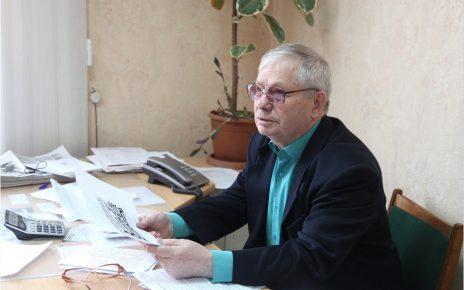 Сегодня юбилей отмечает Почётный гражданин Коркинского района Александр Васин